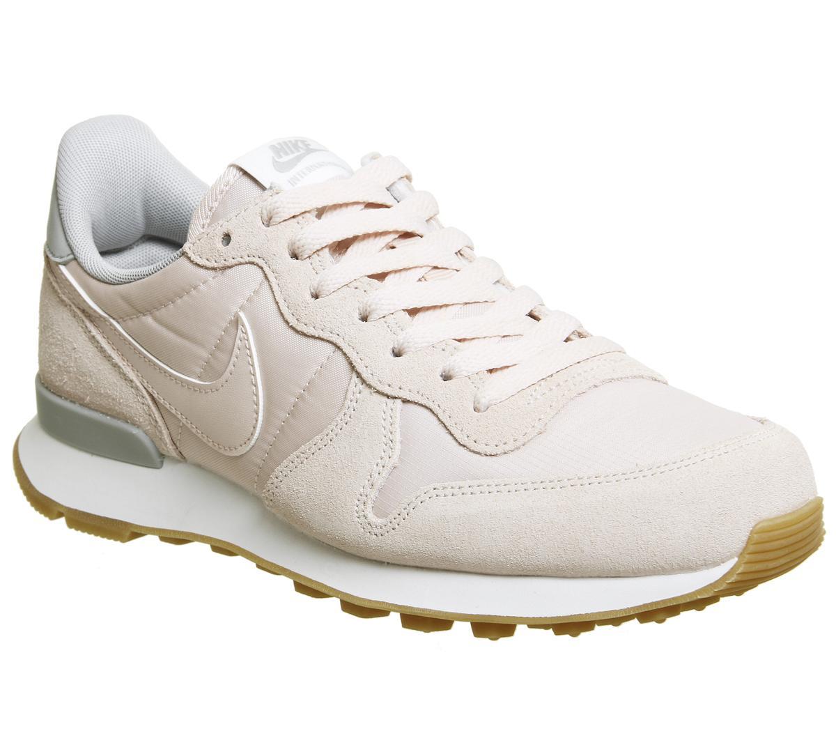 Nike Nike Internationalist Barely Rose