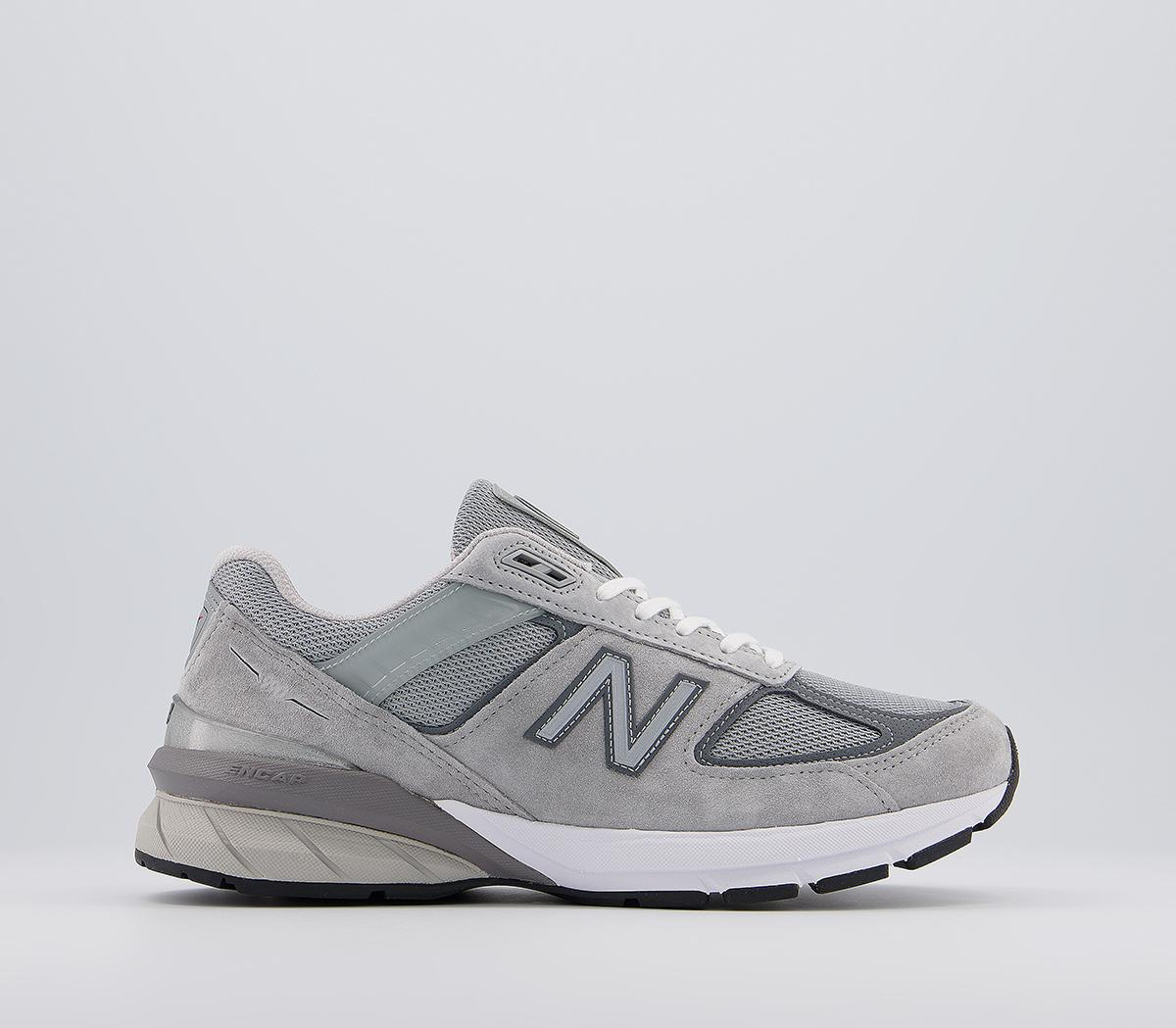 M990 Trainers