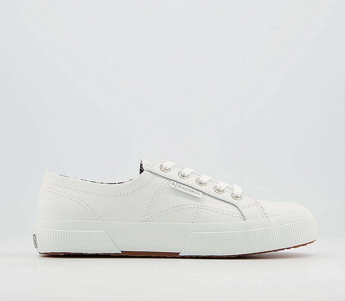 2750 Trainers