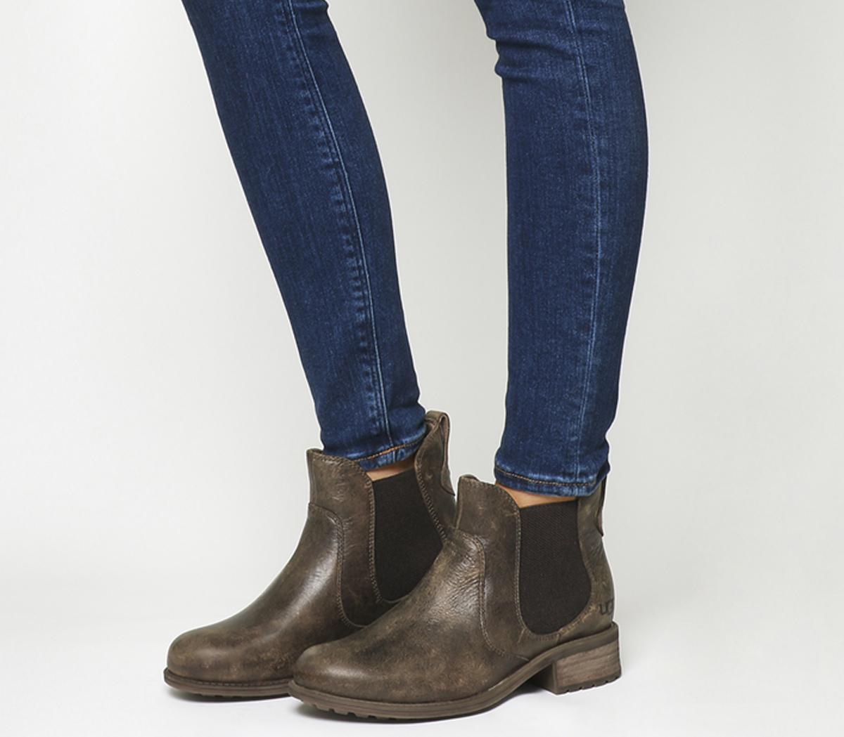 UGG Bonham Chelsea Boot Stout Leather
