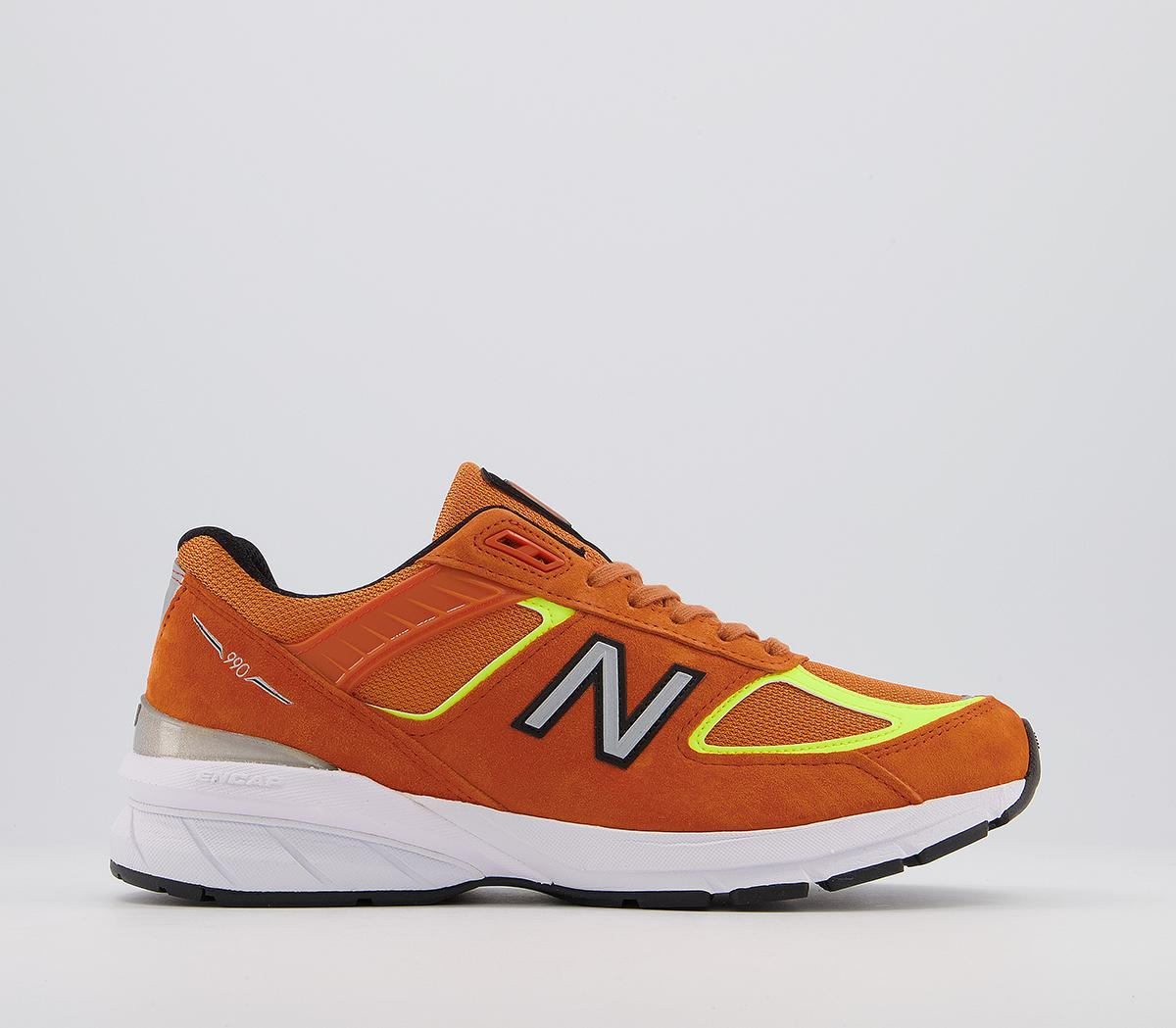 990 Trainers