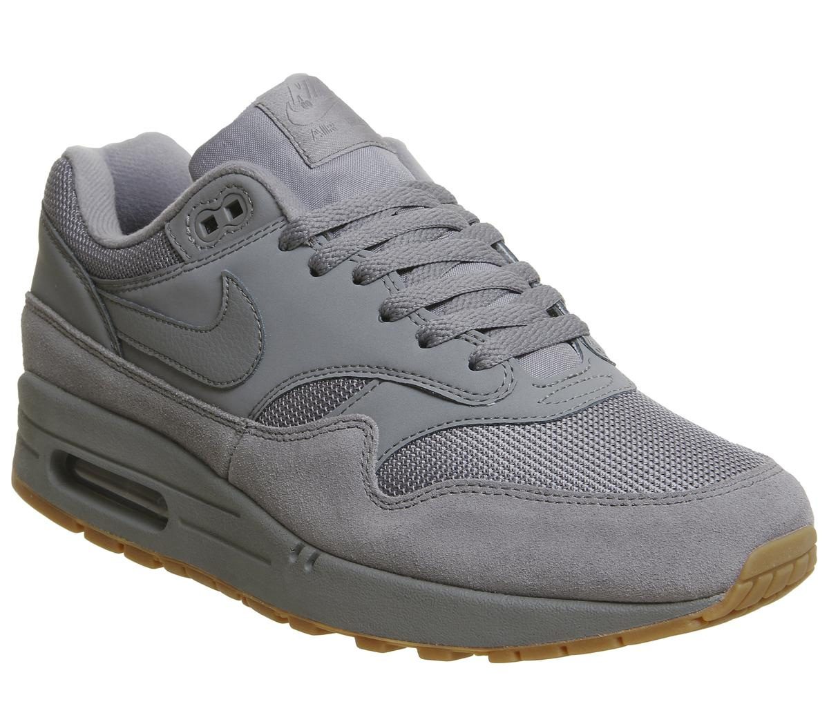 nike mens grey trainers