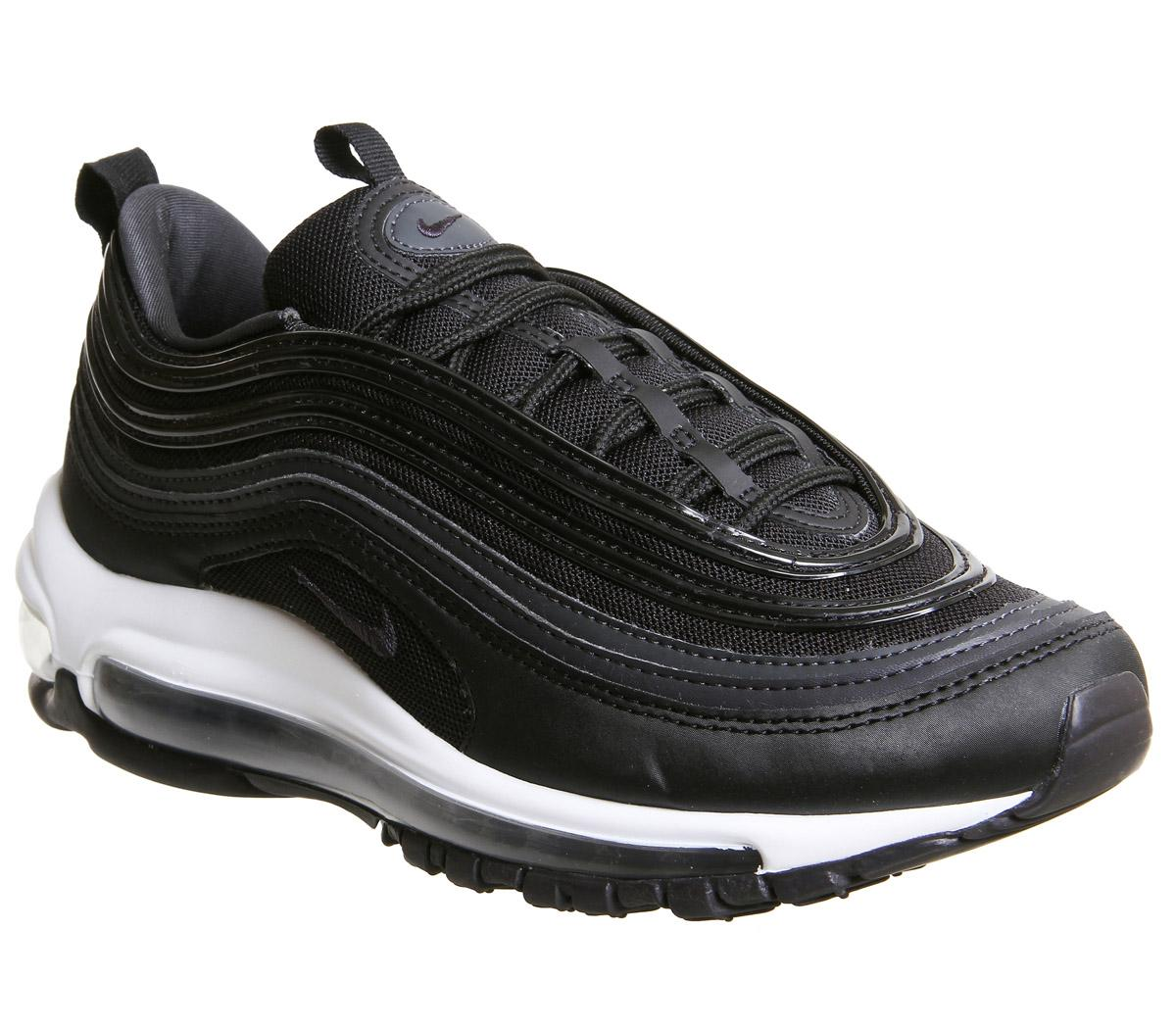 junior 97s black