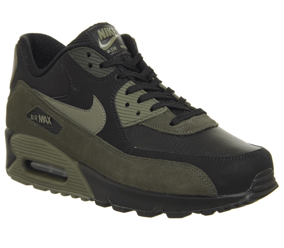 Nike Air Max 90 Trainers Black Medium