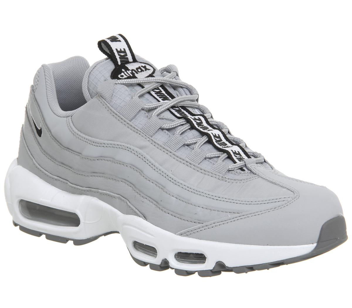 Al borde hemisferio marca  Nike Air Max 95 Trainers Wolf Grey Black White Cool Grey - His trainers