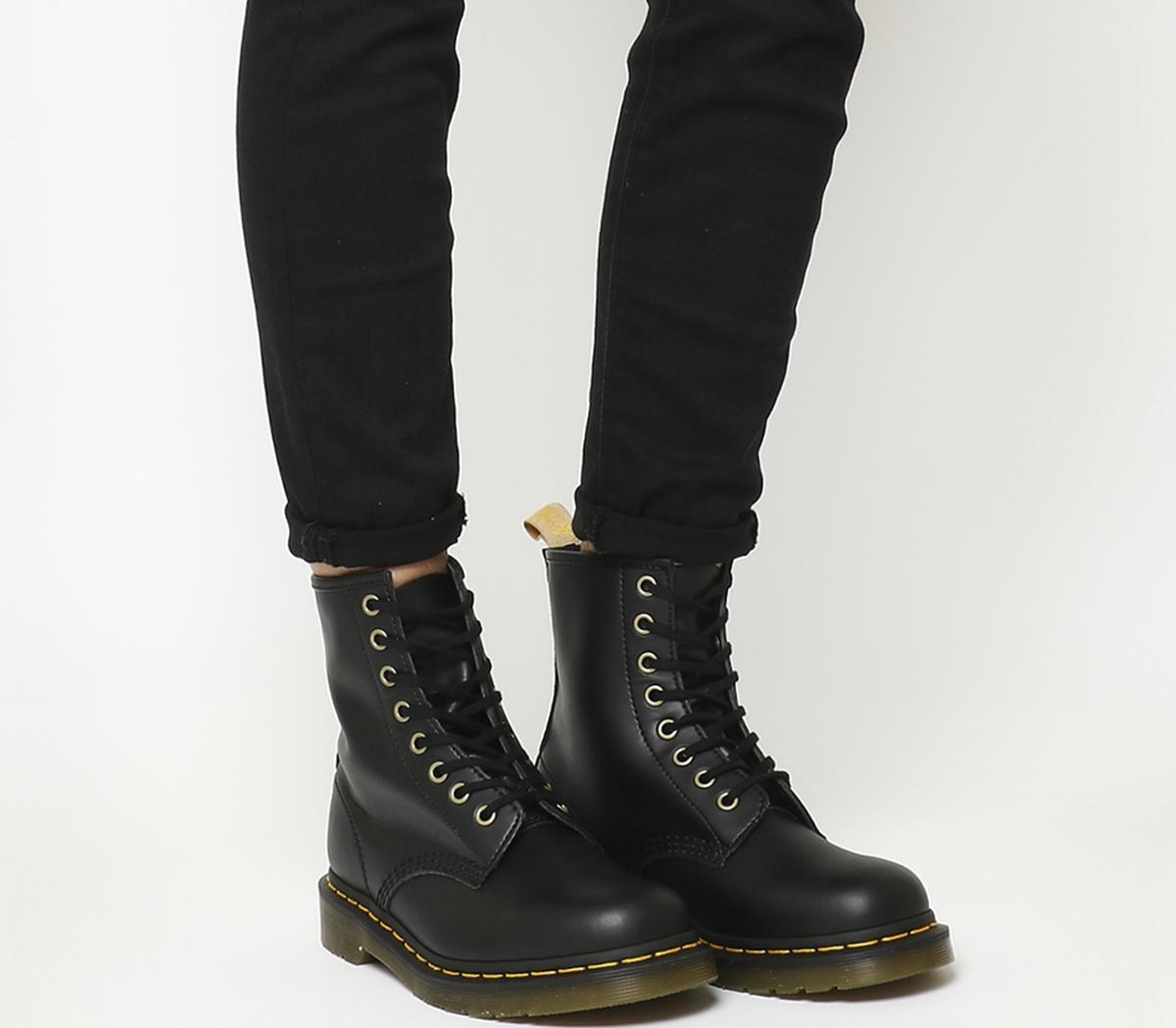 Vegan 1460 8 Eye Boots F