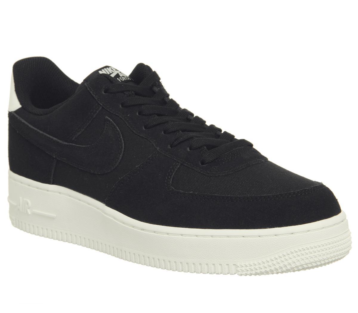 Nike Air Force 1 07 Trainers Black Sail