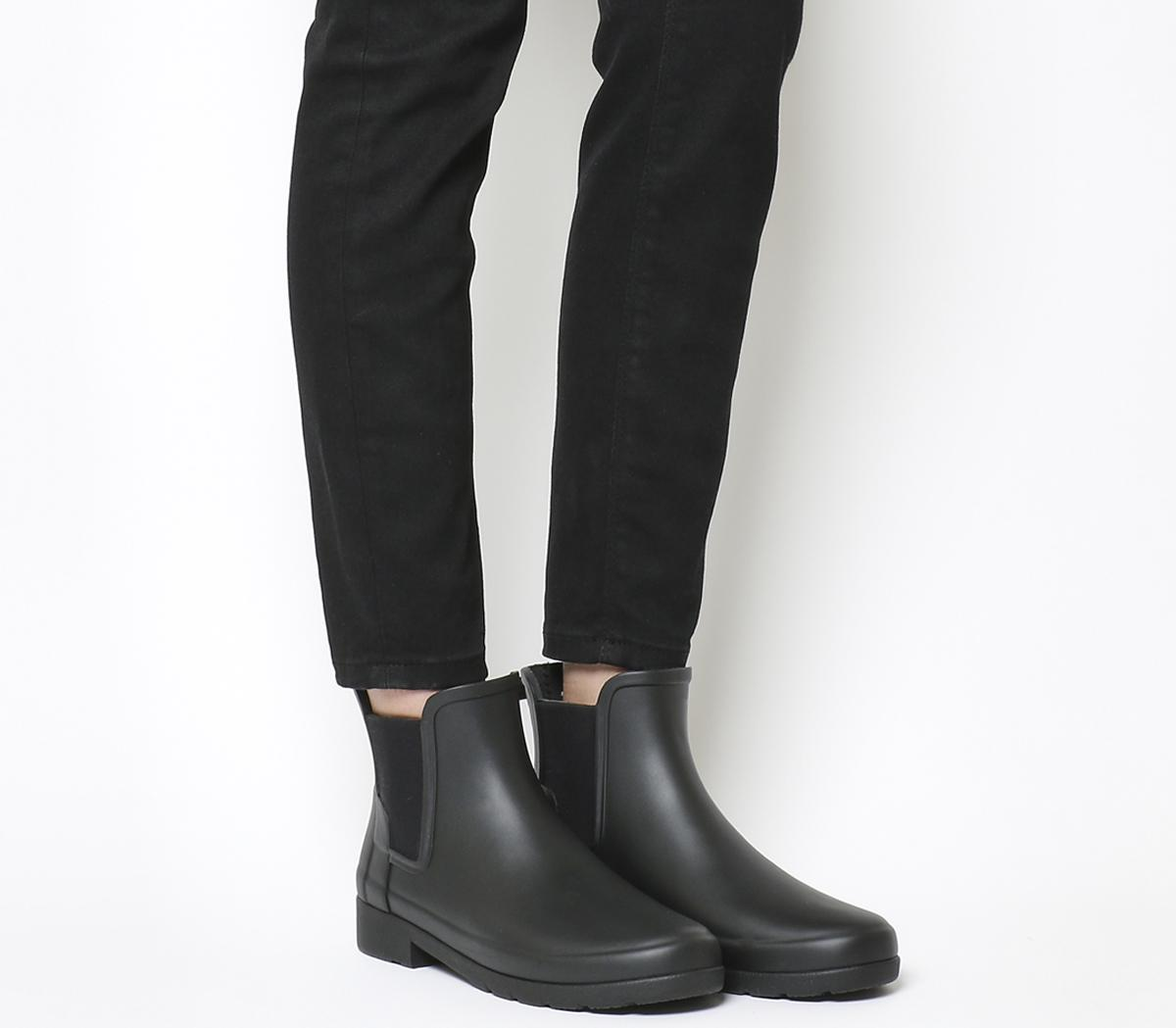 Hunter Original Refined Chelsea Black Matte Ankle Boots Women's 'original refined' black chelsea boots with a matte finish and a slim silhouette from british heritage footwear label hunter. original refined chelsea