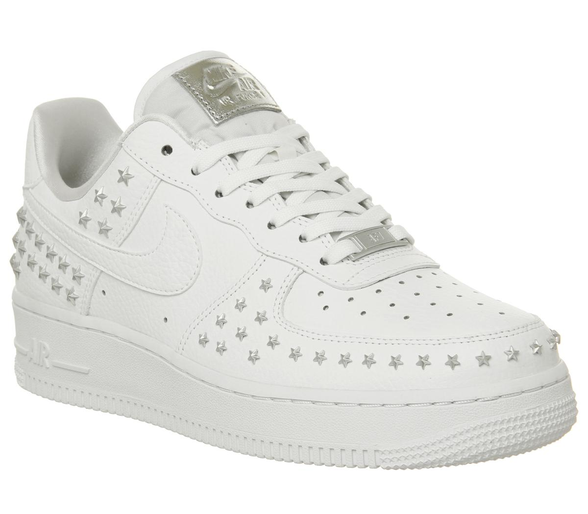 Nike Air Force 1 07 Trainers White Star