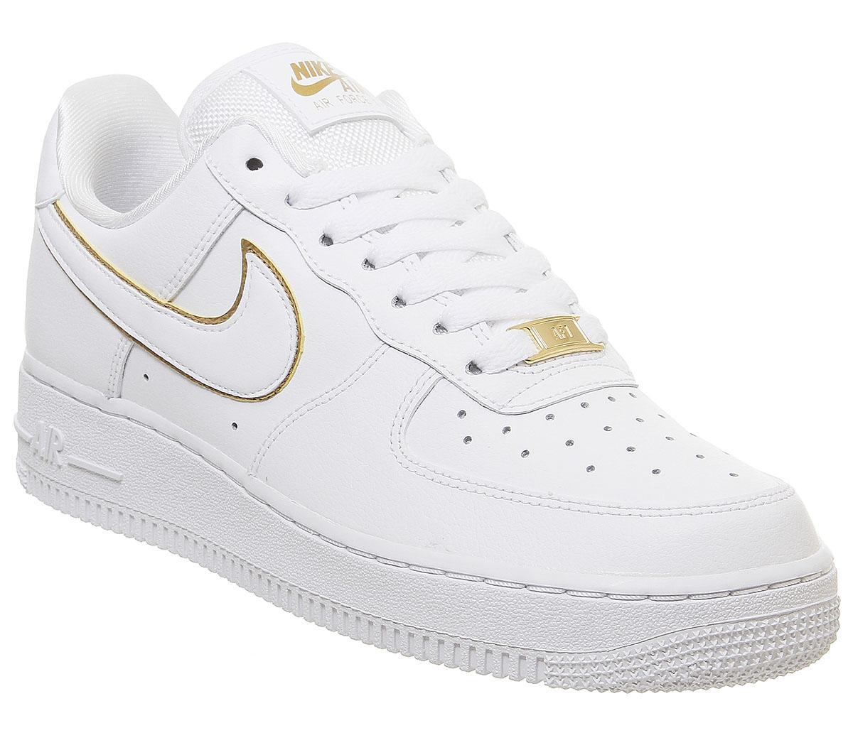 Nike Air Force 1 07 Trainers White White Metallic Gold White