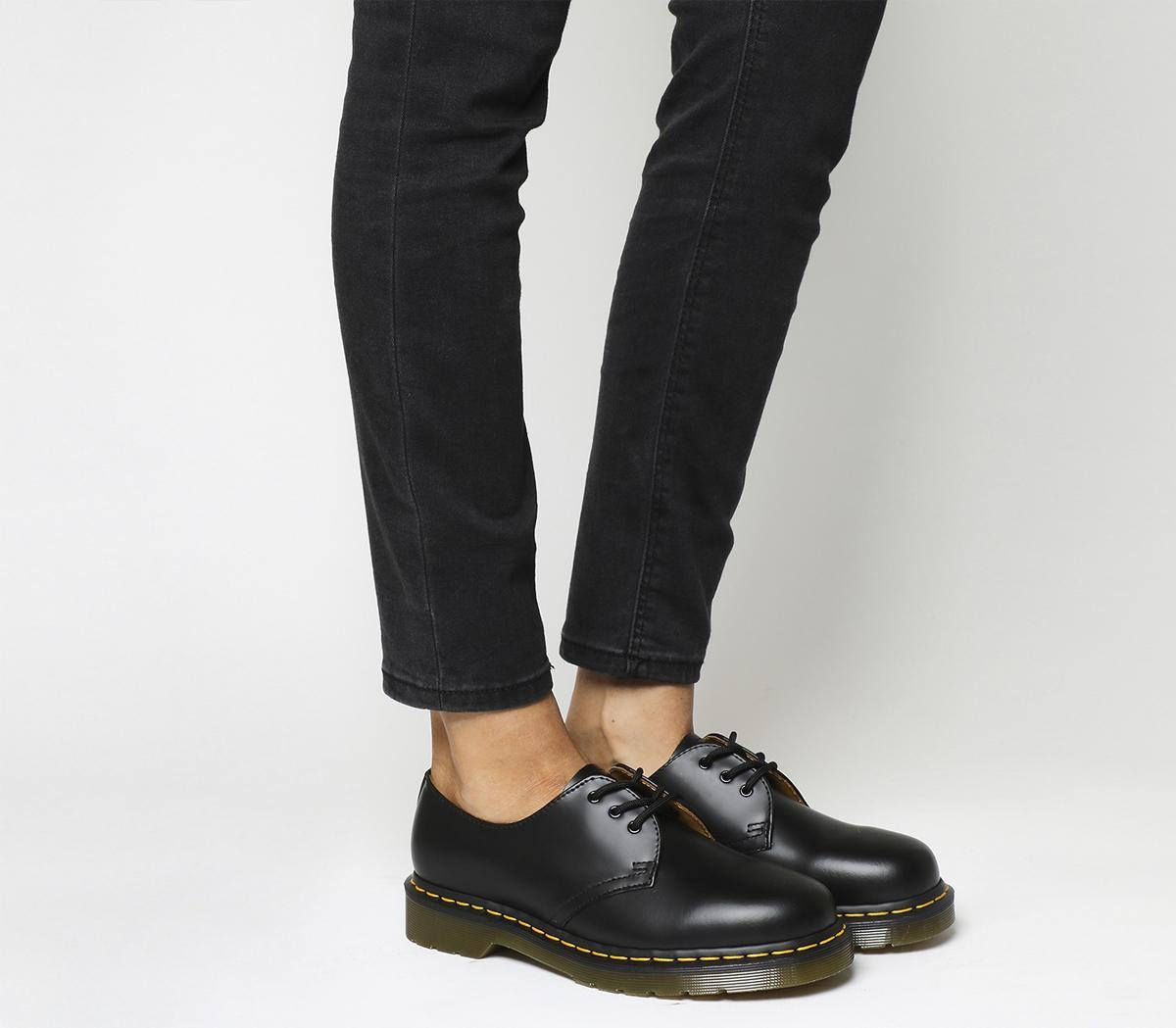 dr maarten shoes