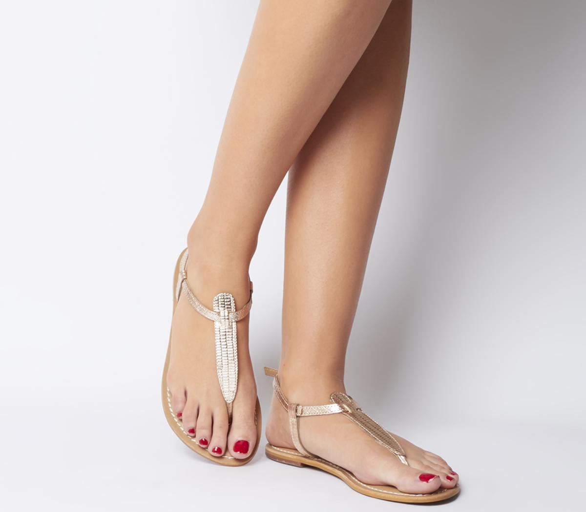 Samba Toe Post Sandals