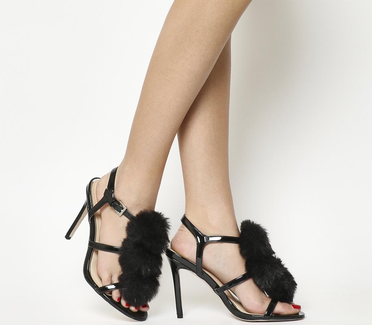 Hurrah Pom Pom Sandals