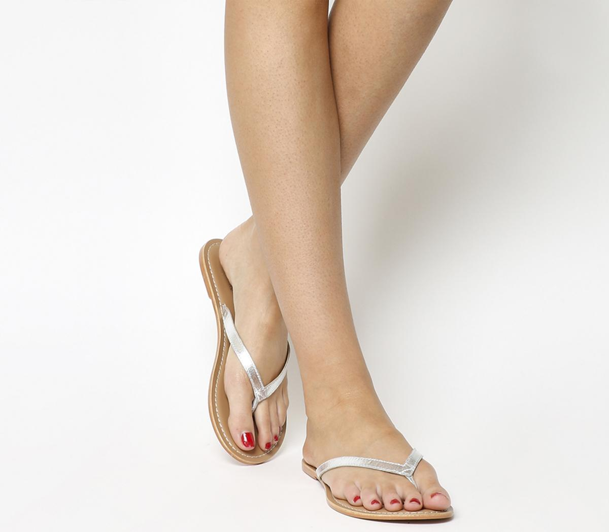 Stix Toe Post Sandals