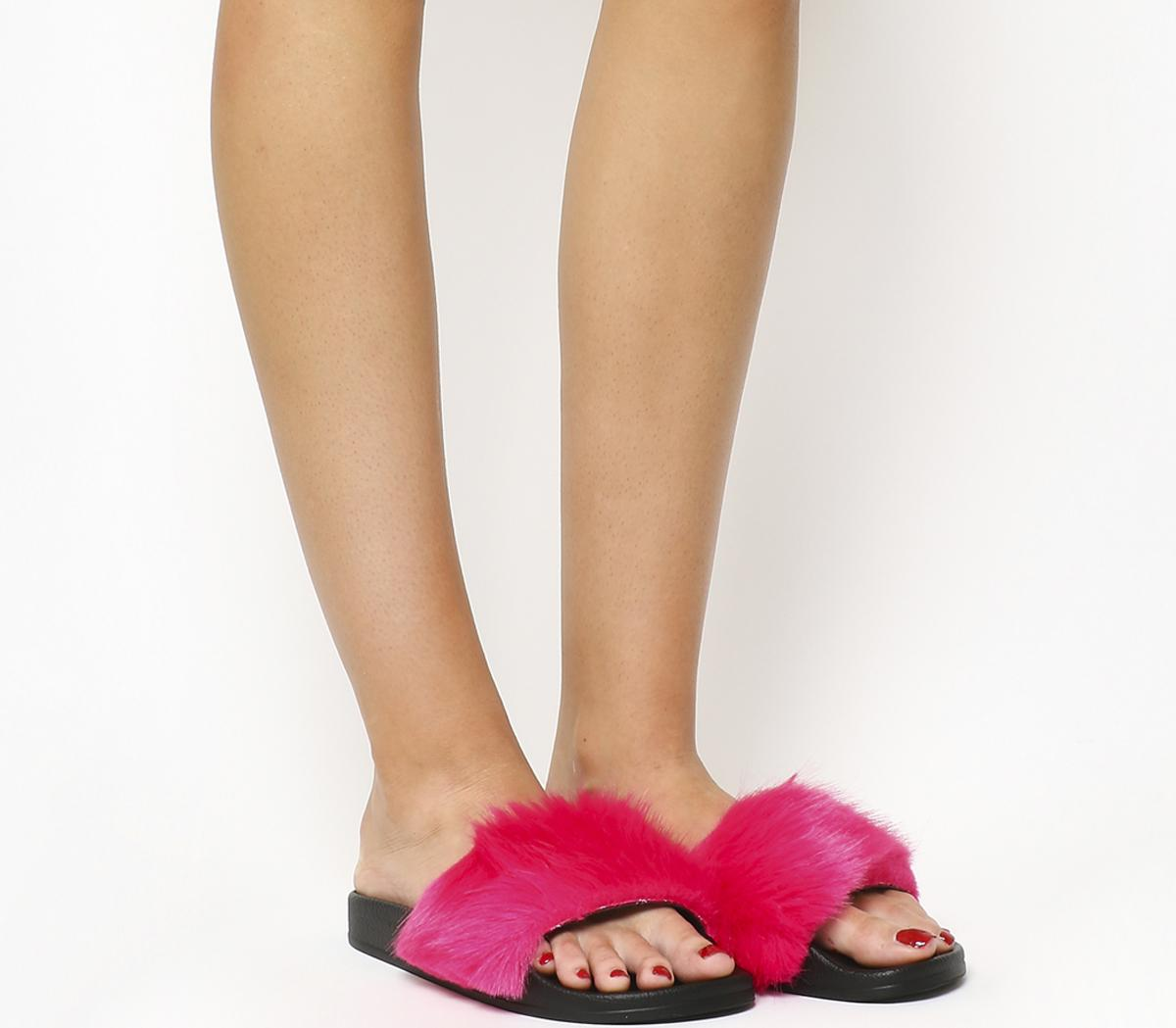 Sleepy Faux Fur Pool Slides