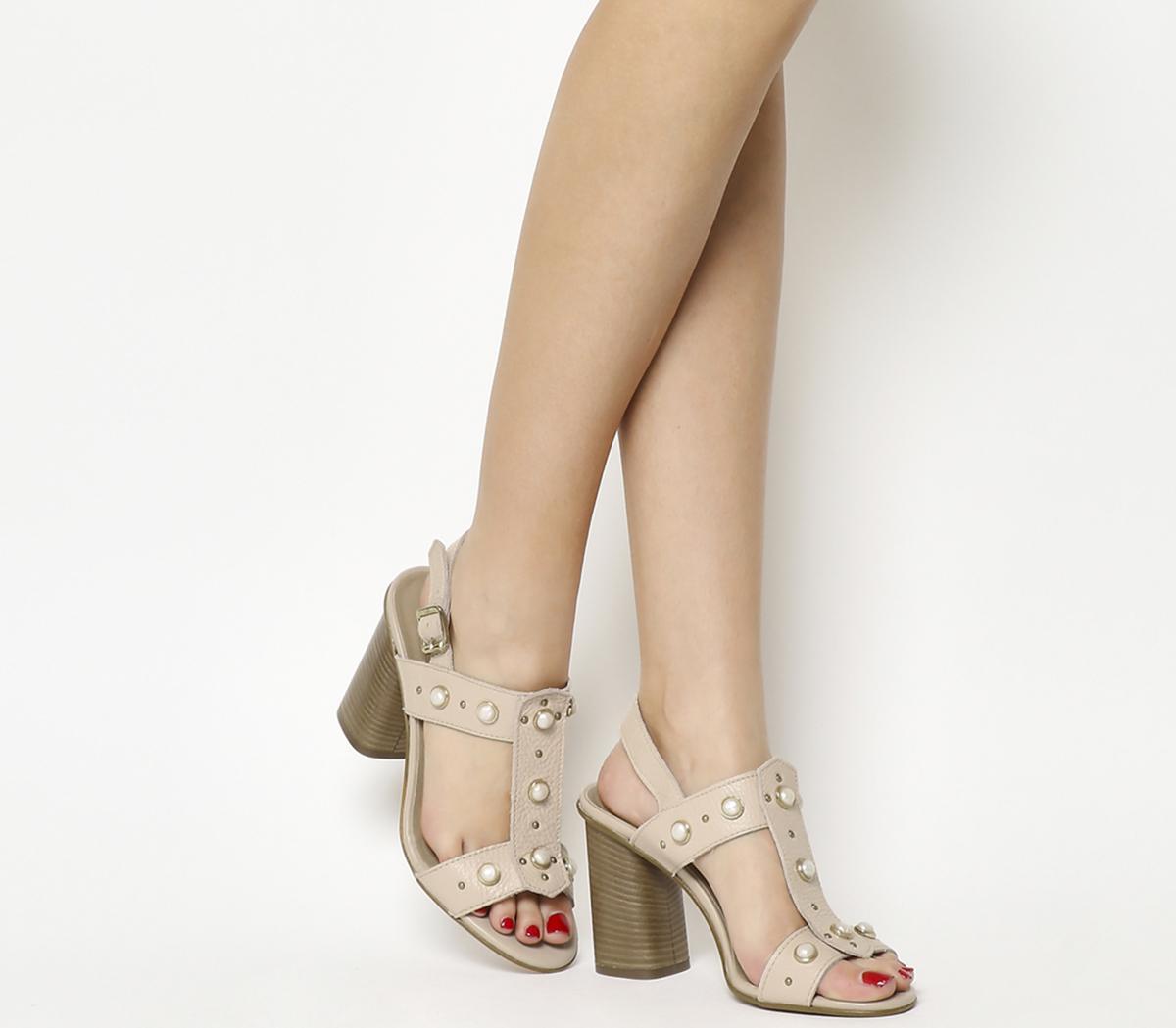Hissy Pearl Trim Sandals