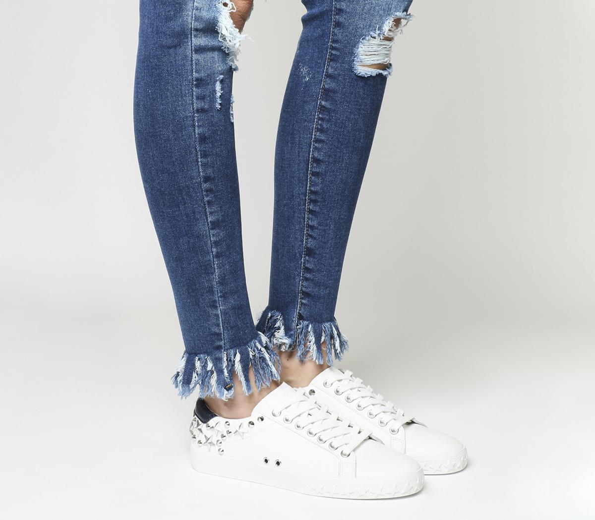 Dazed Sneakers