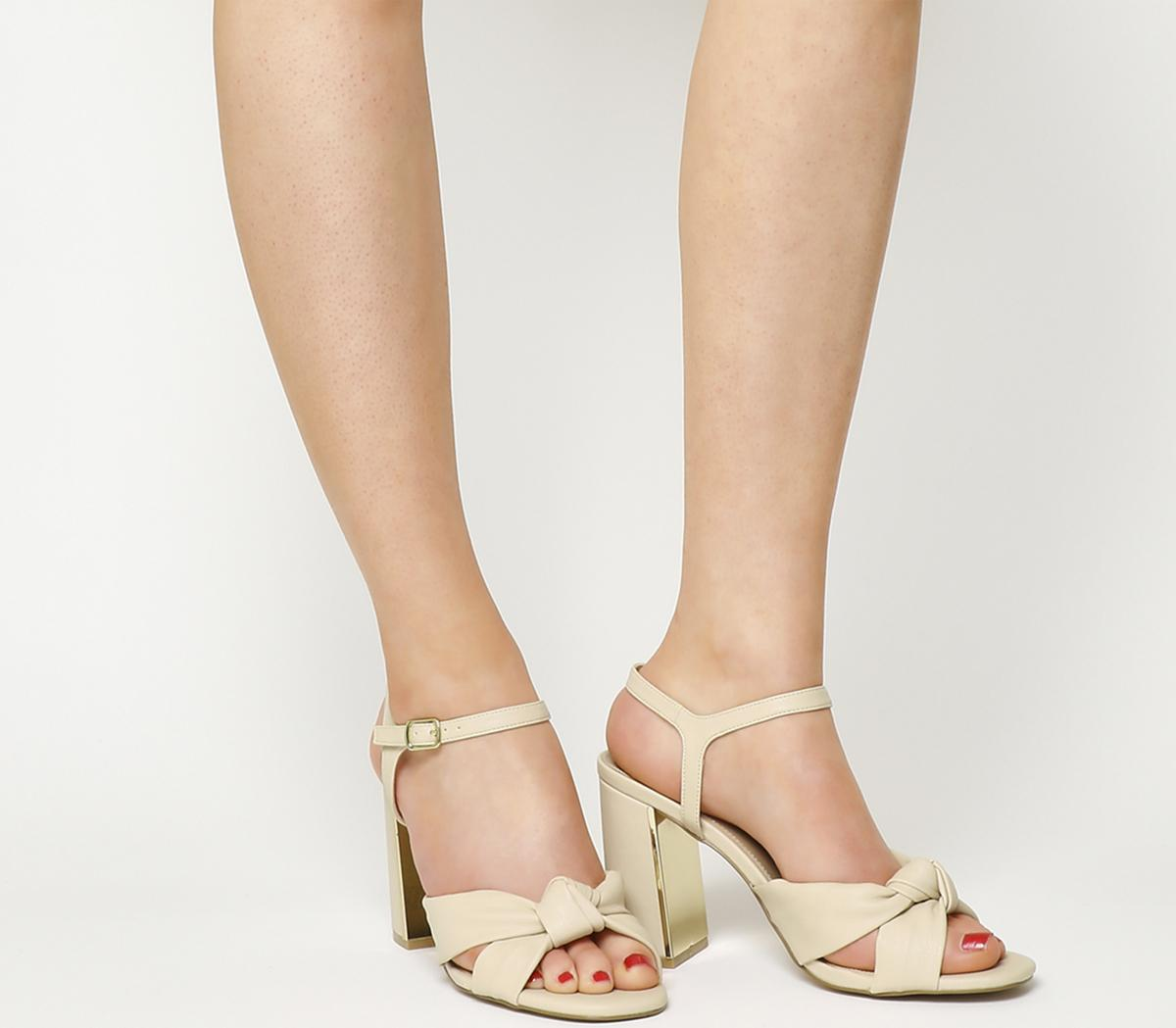 Snap Soft Knot Block Heels