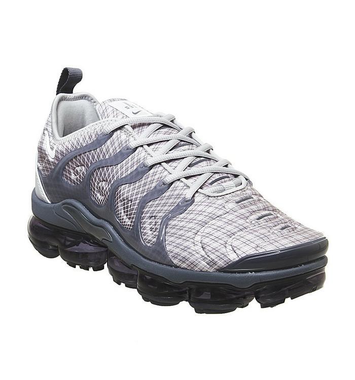 Nike Vapormax Nike Vapormax Air Vapormax Plus WOLF GREY WHITE DARK GREY TEAM ORANGE