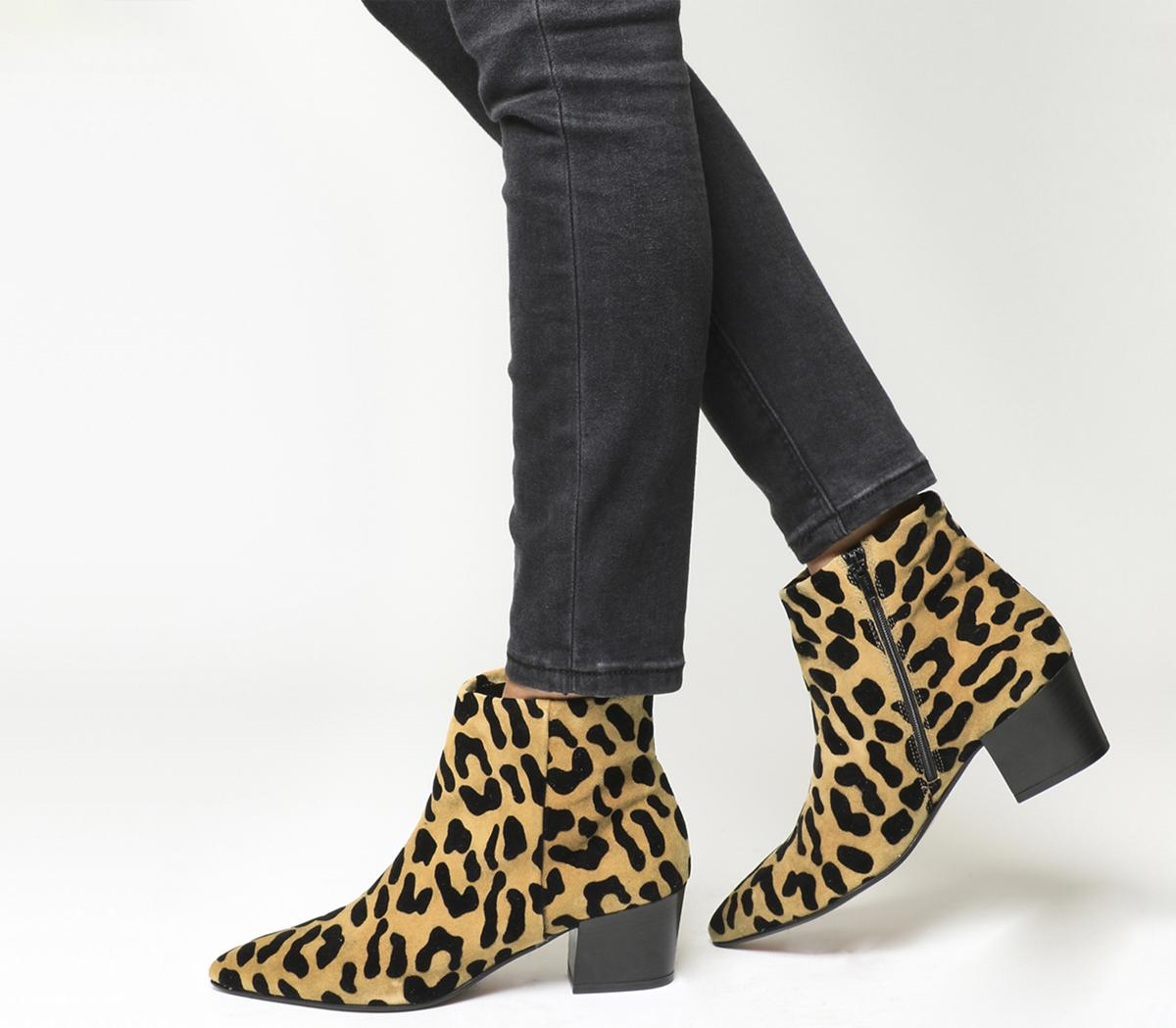 ankle boots leopard