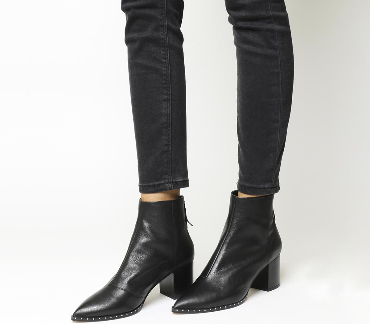 Aromatic Pointed Block Heel Boots