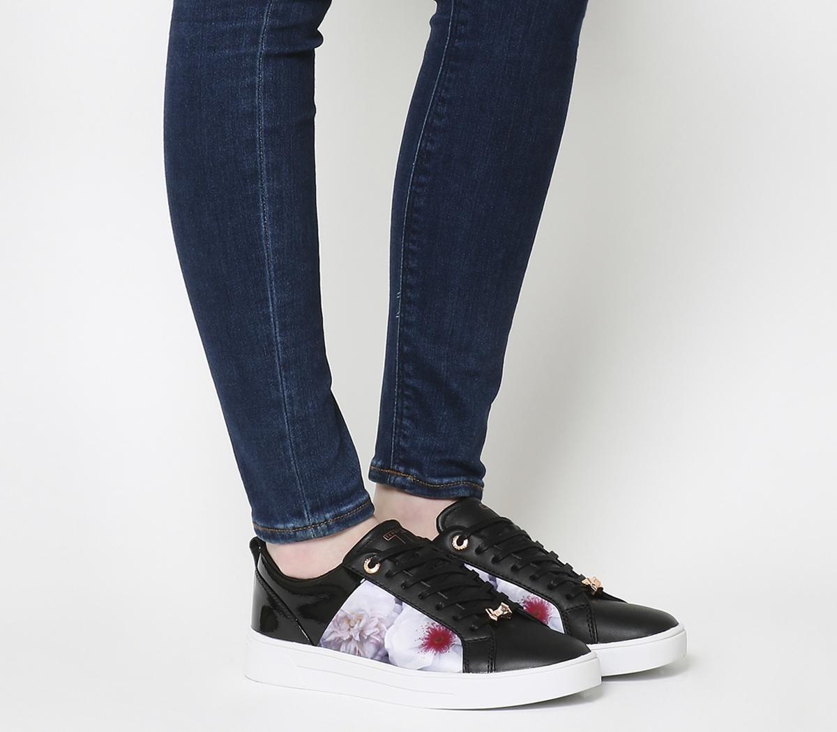 Fushar Sneakers