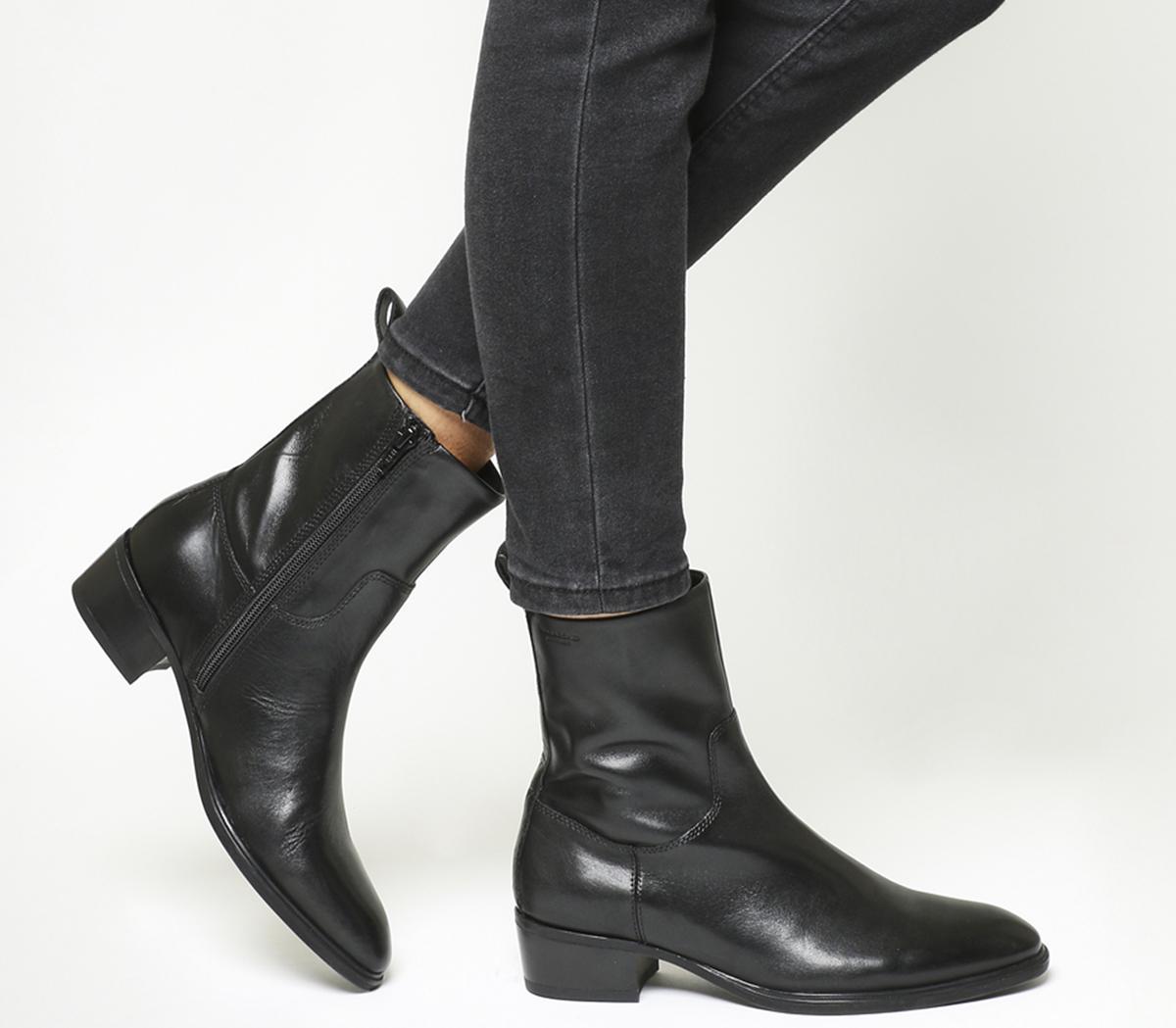 Meja High Cut Boots