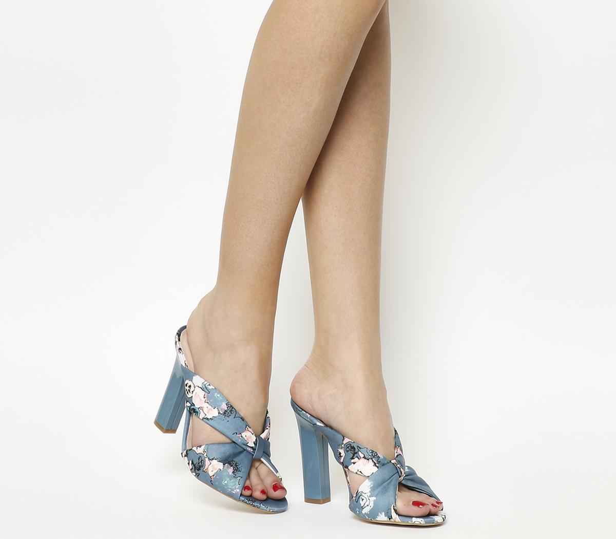 Hostess Knot Front Mule