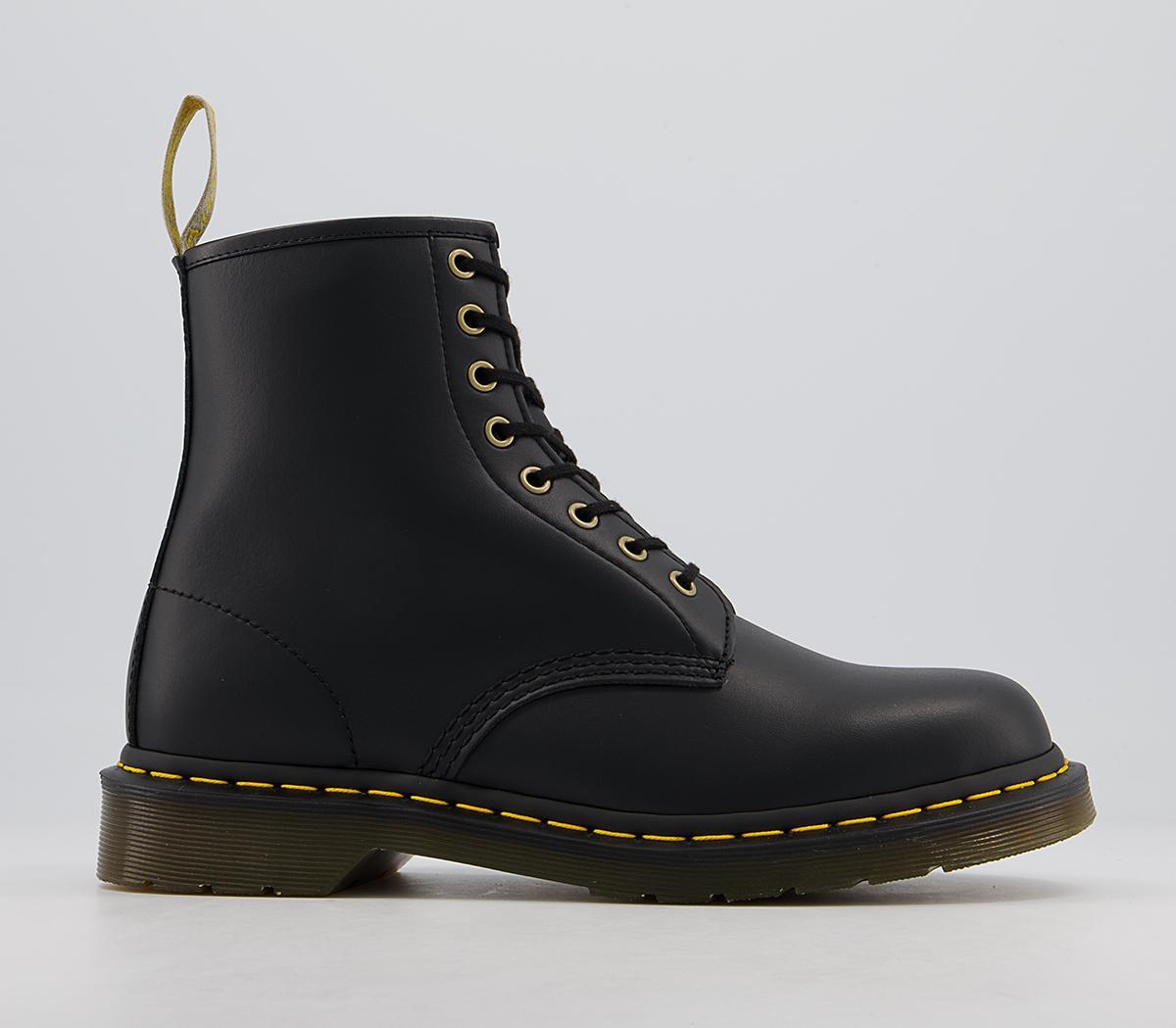 Vegan 8 Eye Boots M