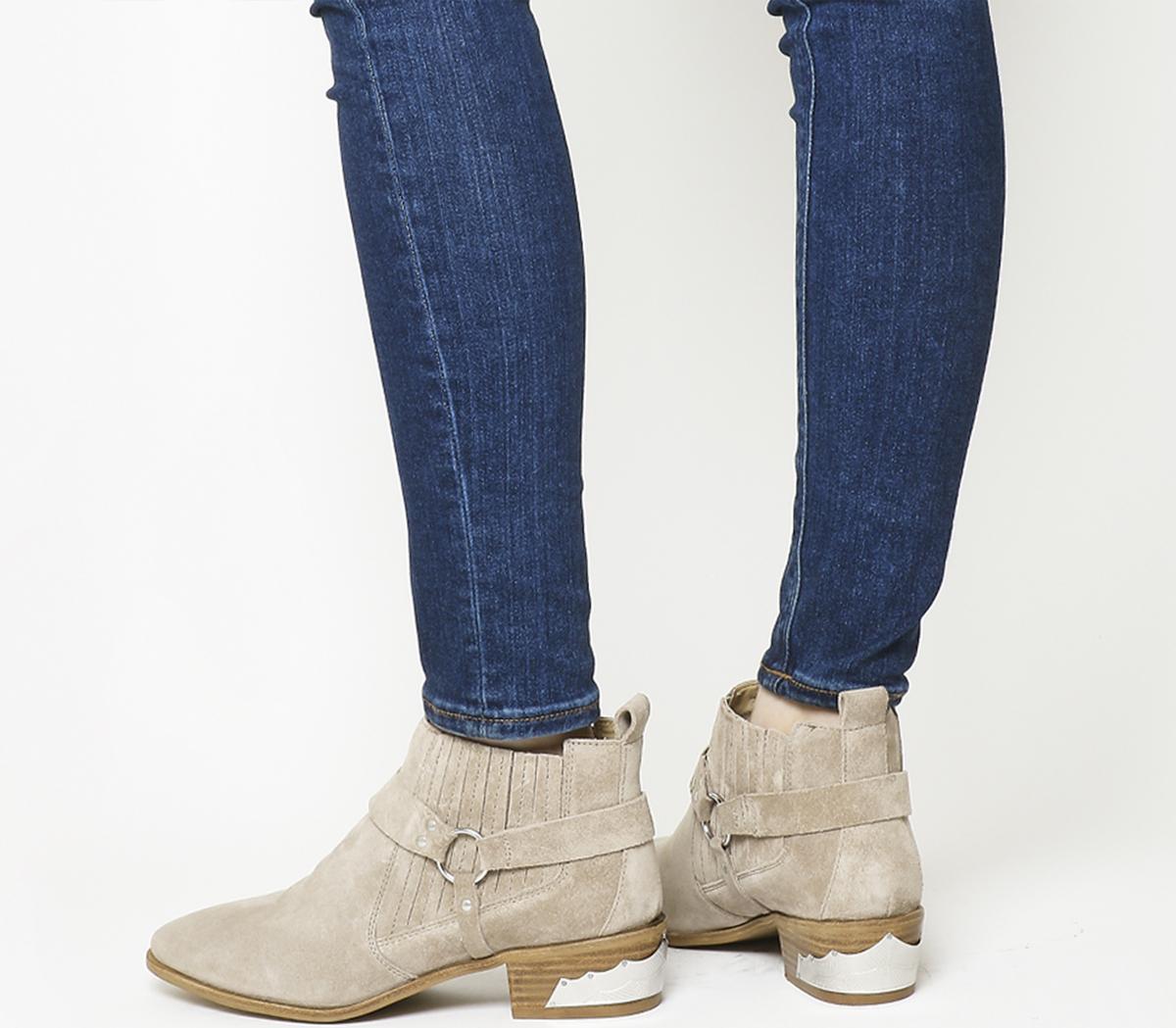 Atlas Stirrup Western Chelsea Boots