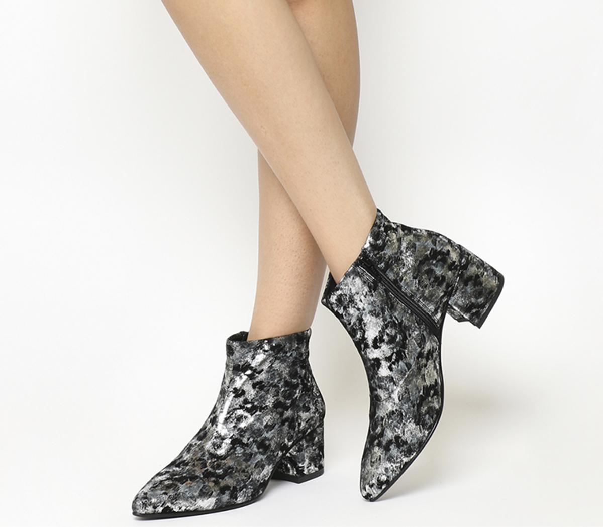 Mya Boots