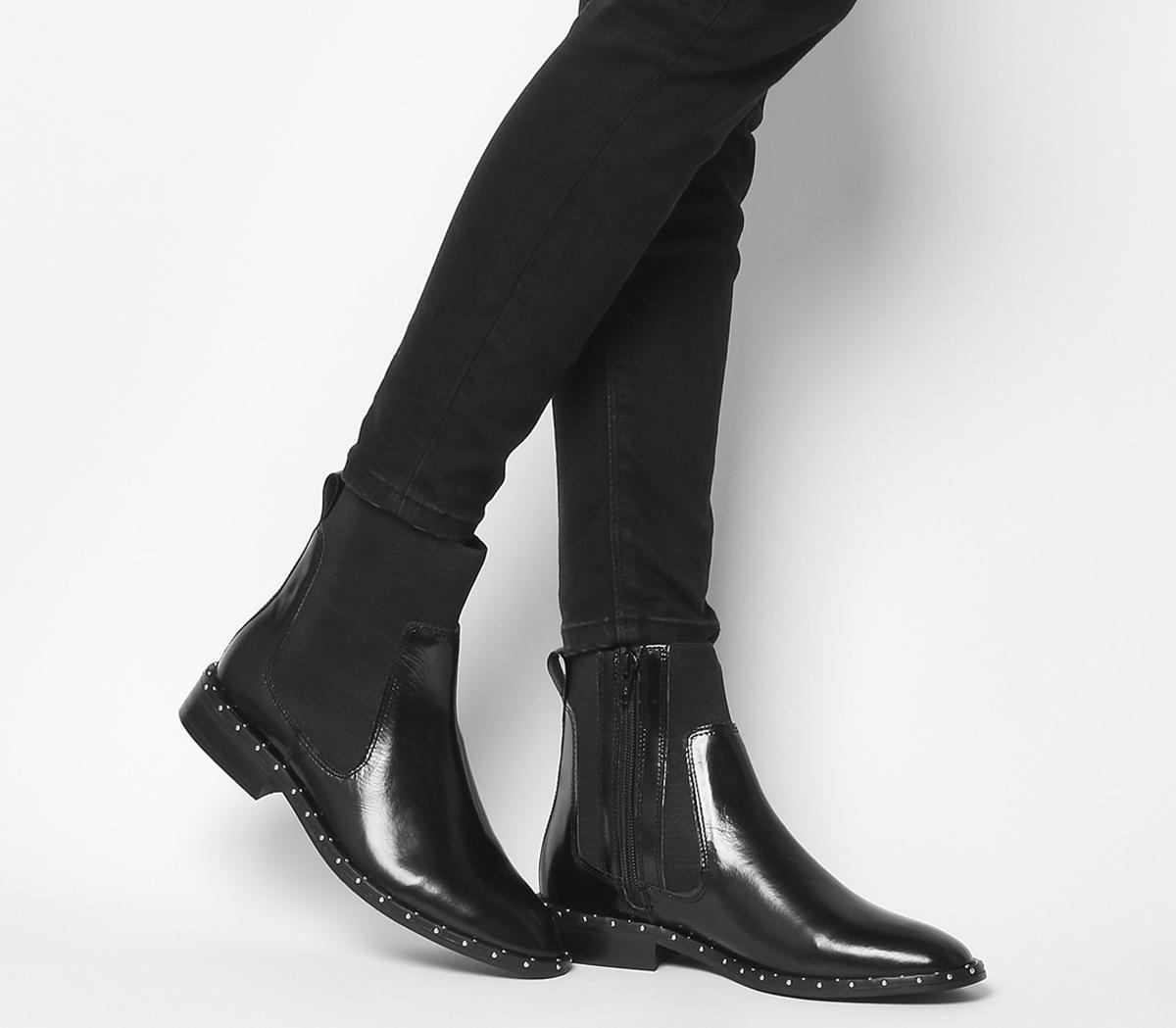 Axel High Cut Stud Chelsea Boots