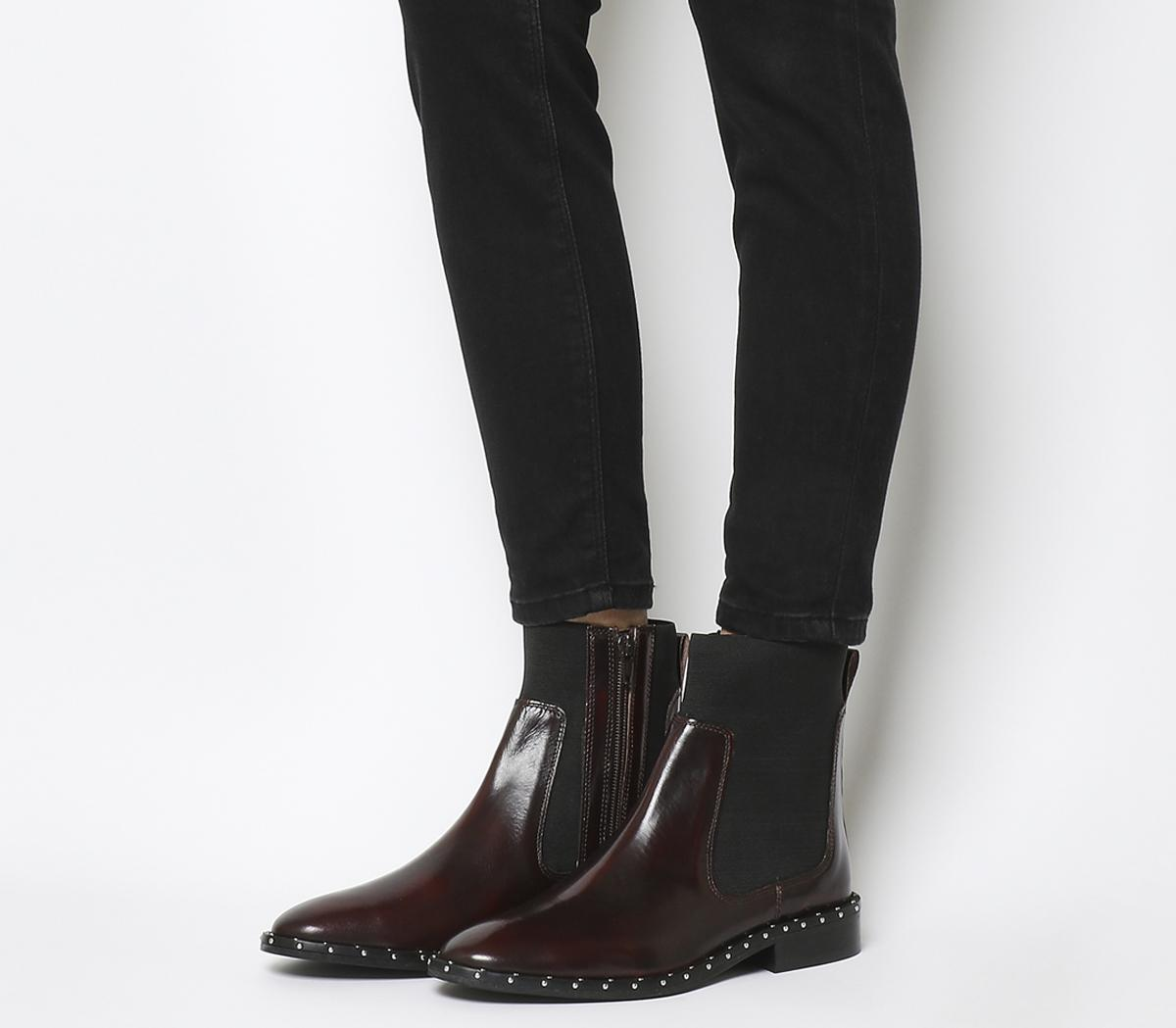 Axel High Cut Chelsea Boots