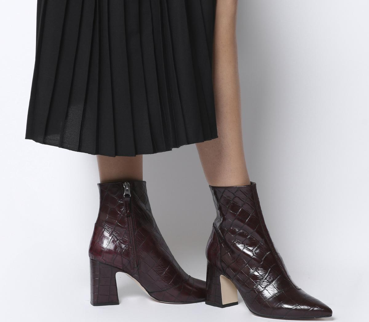 Alto Pointed Block Heels