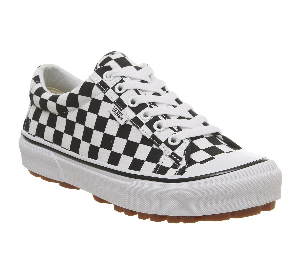 Style 29 Trainers