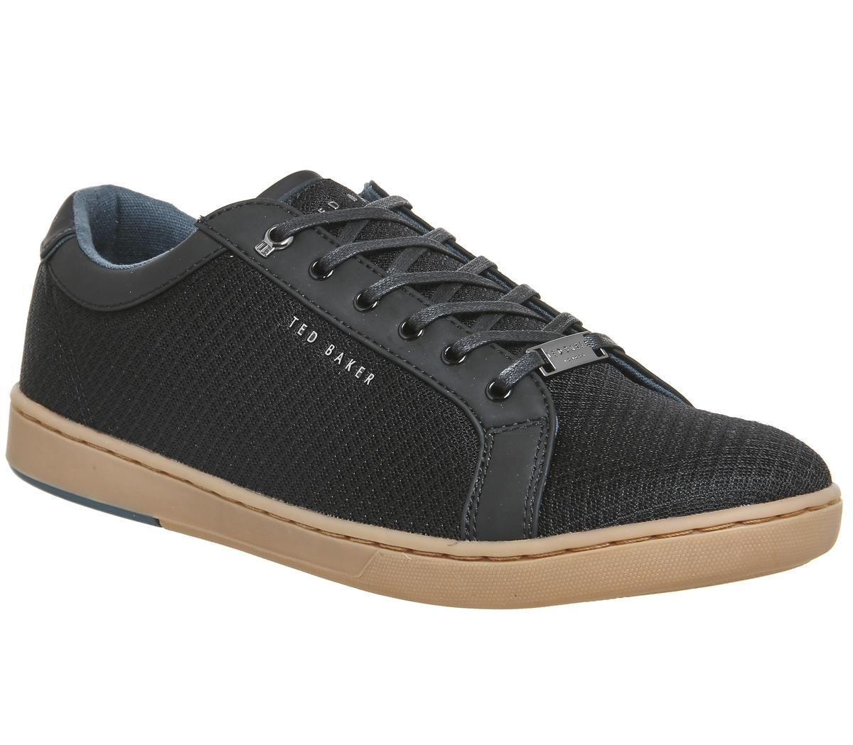 Barces Sneakers