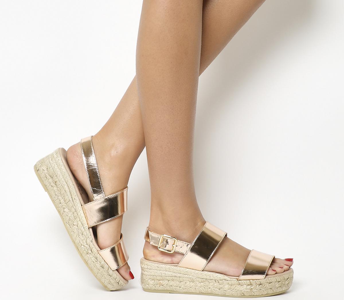 Ig3 Flatform Sandals