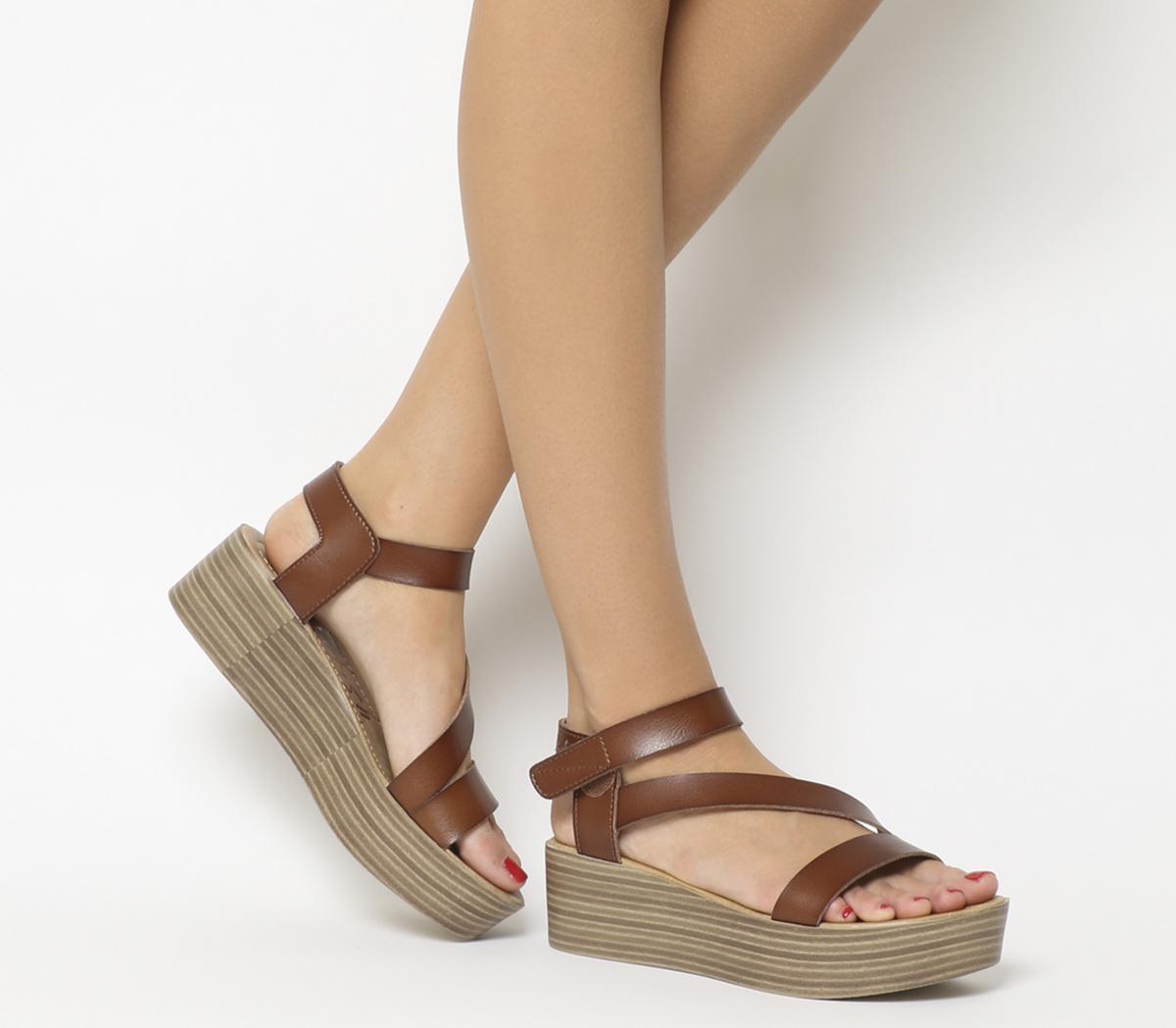 Blowfish Malibu Lover Flatform Sandals