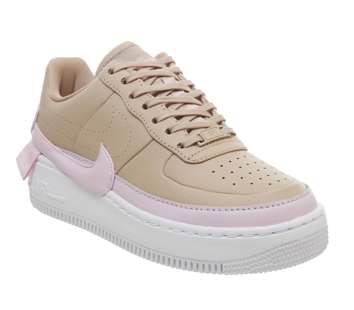Florecer Ciencias Sociales Debe  Nike Air Force 1 Jester Trainers Bio Beige Pink Force White - Hers trainers