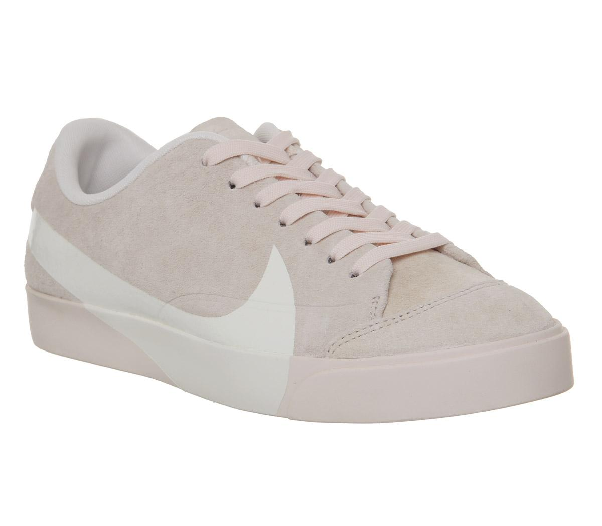 Blazer City Low Trainers