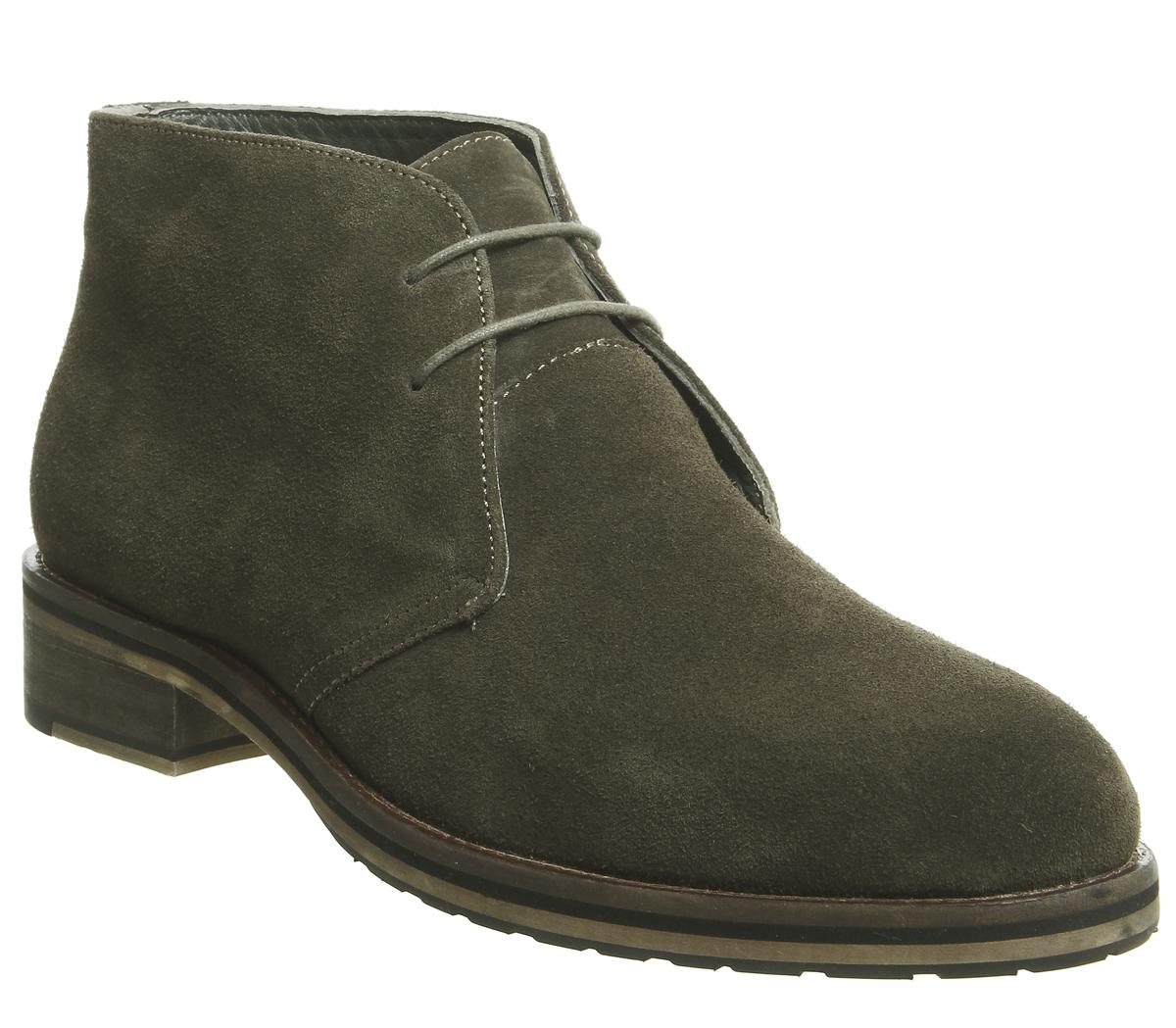 Inland Chukka Boots
