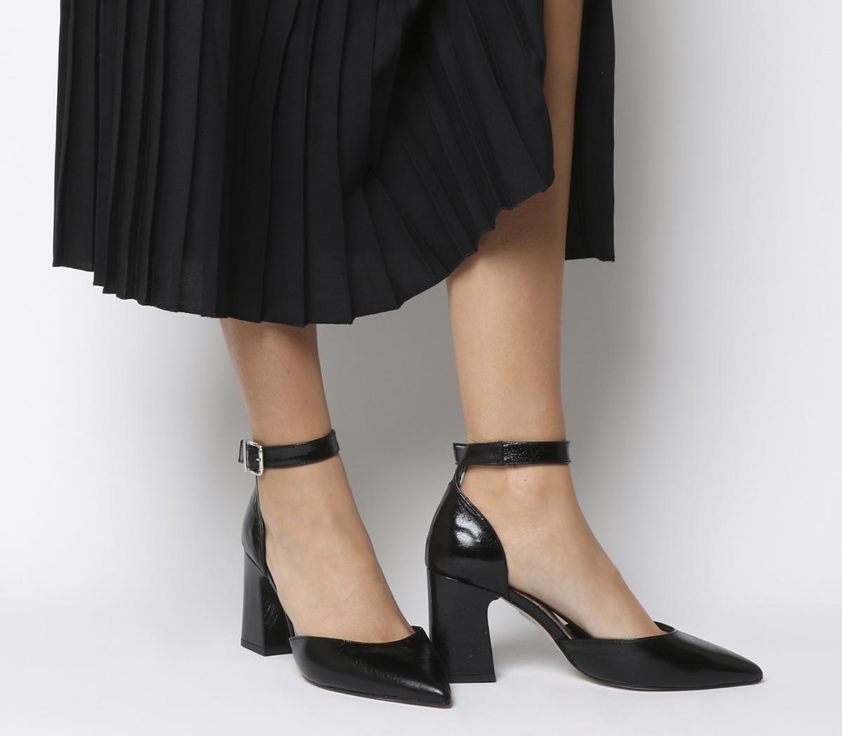 Meringue Pointed Two Part Heels