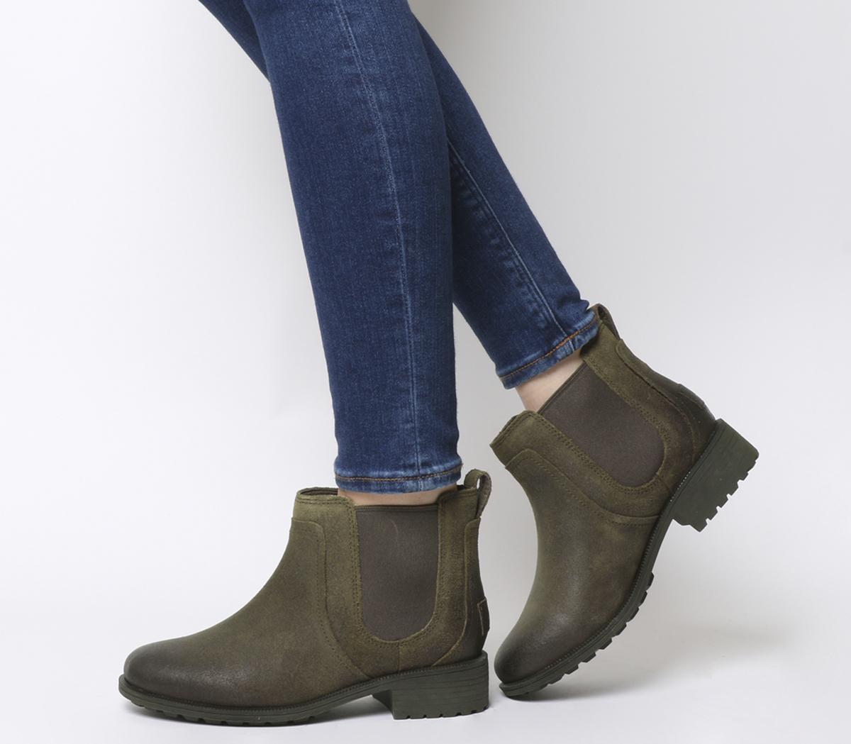 UGG Bonham Chelsea Boot II Dove
