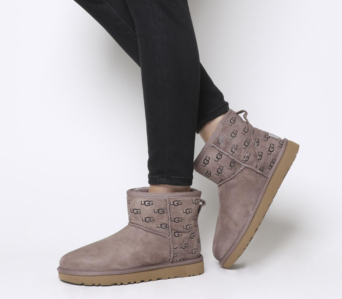 Ii Exclusive Mini Classic Logo Boots n0mN8w
