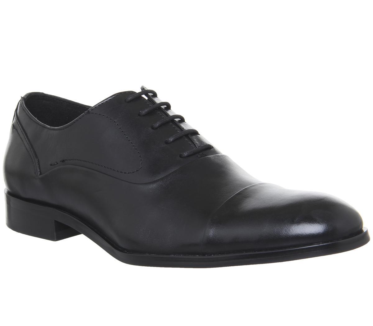 Invent Oxford Toecap Shoes