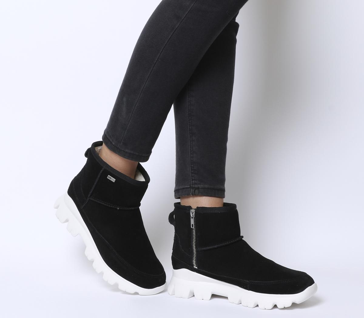 UGG Palomar Sneakers Black - Womens Boots