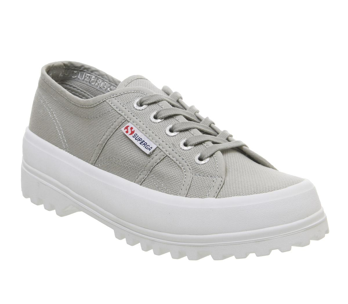 2555 Trainers