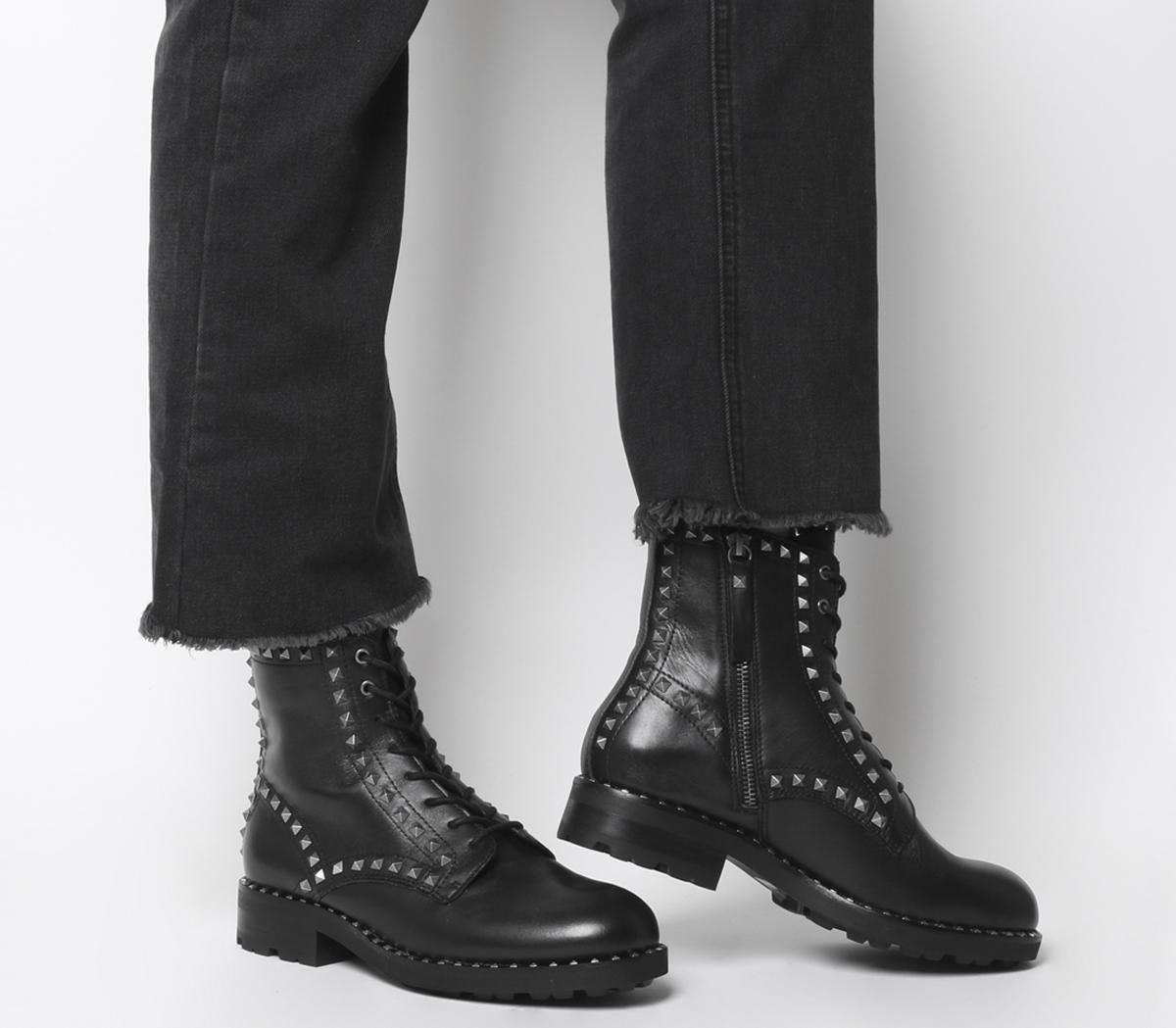 Wolf Stud Boots