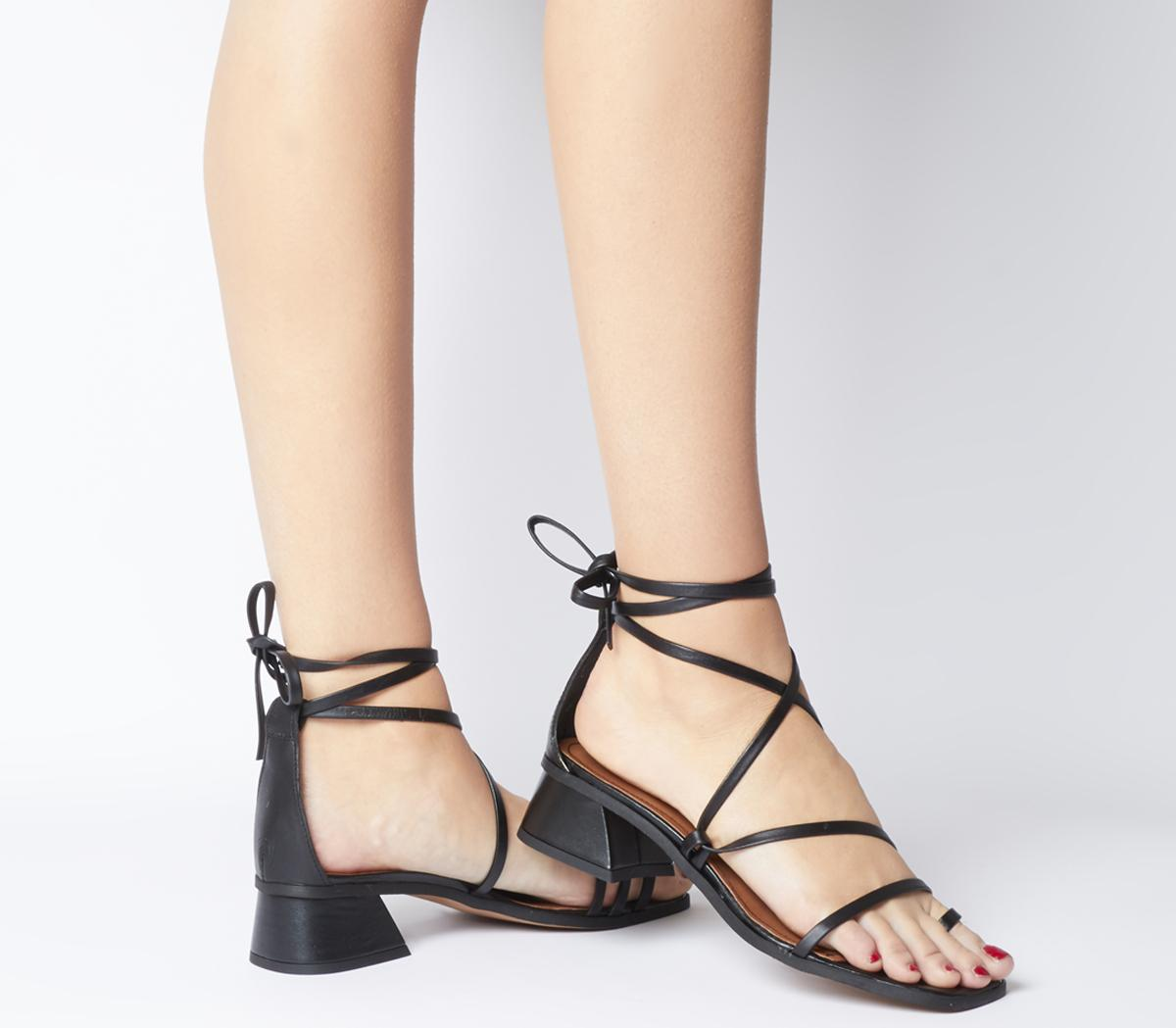 Minimalist Toe Loop Strappy Heels