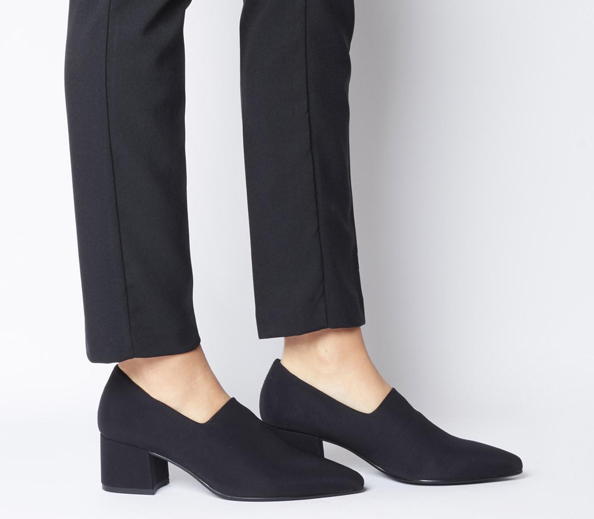 Mya Mid Heels